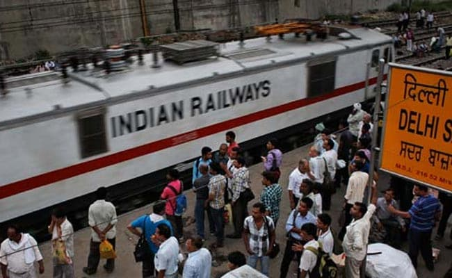 Record Number of Train Tickets Booked As New Reservation Rule Kicks In