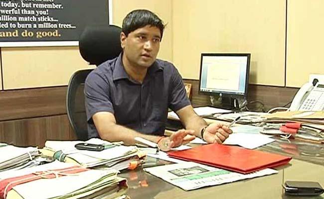 AAP's First Big Message: Whistleblower Sanjiv Chaturvedi as Delhi Anti-Corruption chief