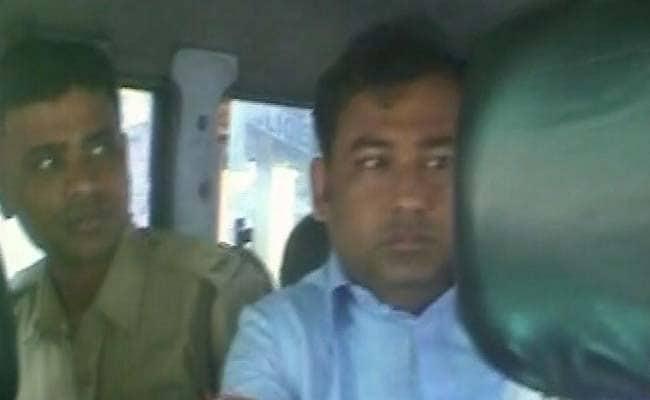 Mamata Banerjee Aide Shibaji Panja Arrested at Kolkata Airport For Alleged Fraud
