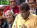रेल बजट में सोशल मीडिया के सुझाव भी किए गए शामिल: सुरेश प्रभु