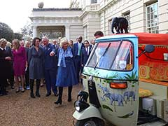 Indian Autorickshaws Ride Into Britain's Palace Grounds
