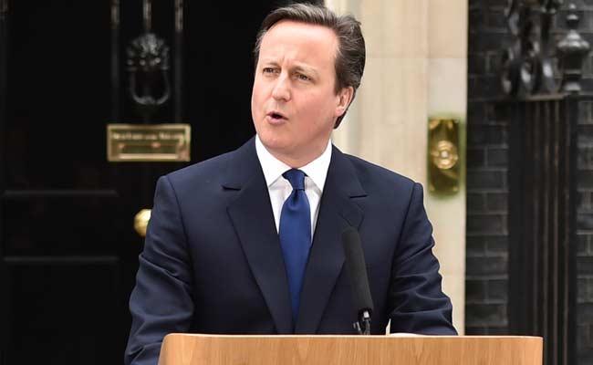 UK to Block Teenagers' Passports to Stop Them Joining Terrorists