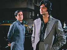 Shashi Kapoor 'Most Deserving' of Award, Says His Co-Star Amitabh Bachchan