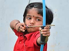 Dolly, Barely Three Years Old, Sets National Archery Record