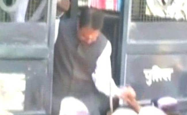 Furnish Medical Report Of Convict DP Yadav: Top Court To UP Hospital