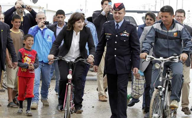 Dutch Bicycles Given to Syrian Refugee Camp in Jordan