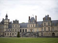 'Priceless' Chinese Artefacts Stolen From French Castle
