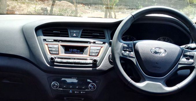 Hyundai i20 Active Crossover Interiors