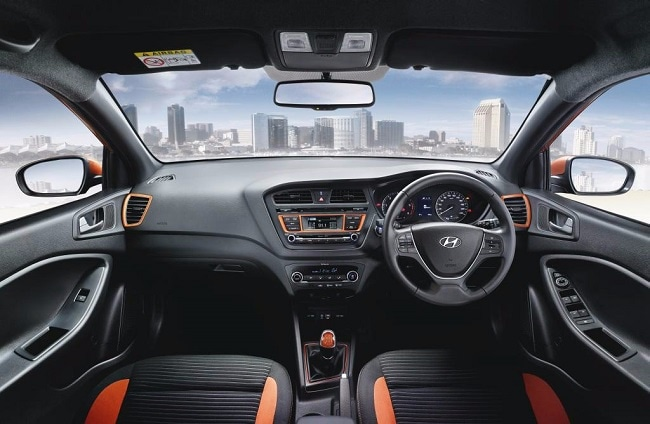 Hyundai i20 Active interior picture