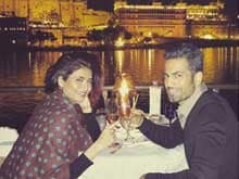 Karishma Tanna Posts Photo of Date With Upen Patel (Reminder: <i>Bigg Boss</i> is Over)