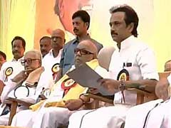DMK Executive Meet: Karunanidhi Under Pressure to Name Stalin as Chief Ministerial Candidate
