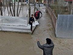 कश्मीर पर अगले तीन दिन भारी, फिर शुरू होगा बारिश का दौर