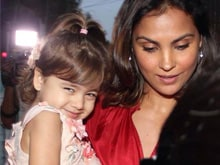 Lara Dutta Shoots for <i>Fitoor</i>,  First Gets Approval From Daughter