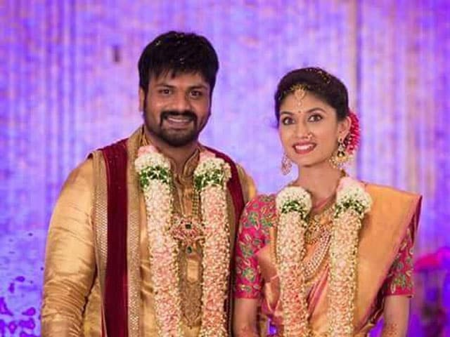 Manchu Manoj Live Streams Engagement to Pranathi Reddy