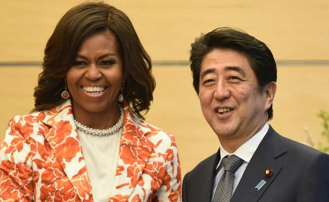 'Let's Do Lunch', Says US First Lady Michelle Obama to Japanese Prime Minister Shinzo Abe