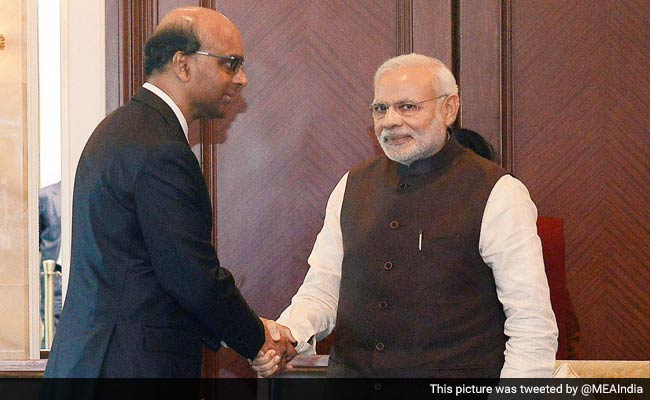 PM Modi Arrives in Singapore to Attend Lee Kuan Yew's Funeral
