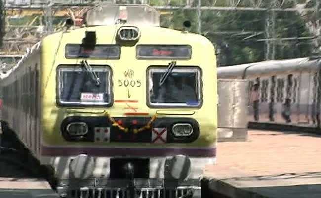 New Local Trains in Mumbai to Run at Speeds up to 105 Kmph