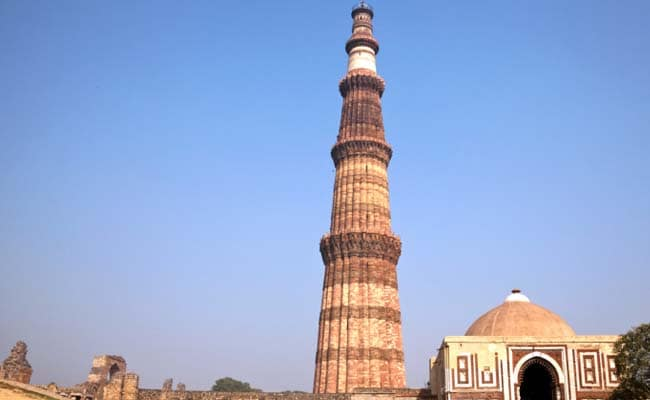 Qutub Minar Turns Blue On World Autism Awareness Day
