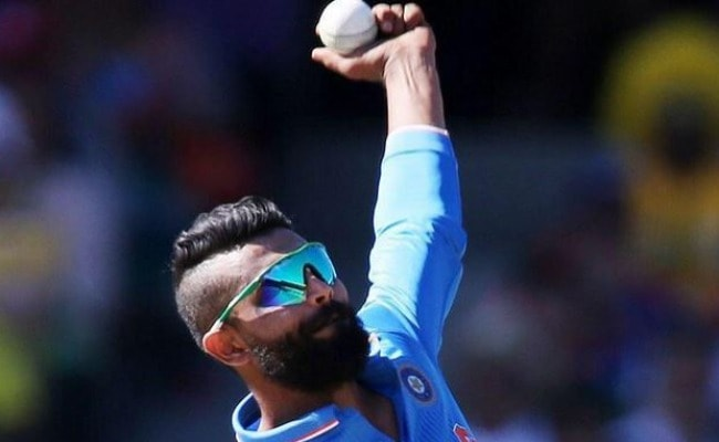 Ravinder Jadeja\u0027s Haircut Takes Centrestage at Ind Vs Aus Match