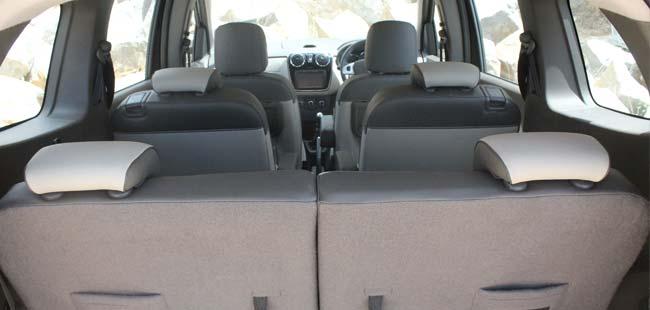 renault lodgy mpv review ndtv carandbike. Black Bedroom Furniture Sets. Home Design Ideas