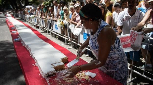 A 450-Meter Long Cake Marks Rio De Janeiro's Birthday