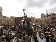 Saudi-Led Coalition Suspends Yemen Strikes to Allow Aid
