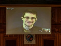 Britain Pulls Out Spies as Russia, China Crack Edward Snowden Files: Report