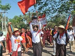 Baton-Wielding Myanmar Police Force Pro-Student Protesters to Flee