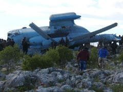 Rebels Capture Crashed Syrian Army Helicopter Crew