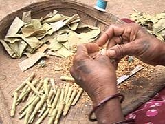 Away From Controversies, a 13-Year-Old Suffers the Effects of Beedis. She Rolls Them.