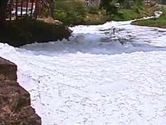 Central Pollution Board Team Visits Toxic, Foam-Filled Varthur Lake in Bengaluru