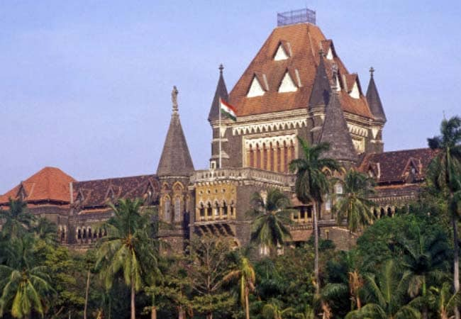 'How Can You Come In Jeans?' Bombay High Court Rebukes Journalists