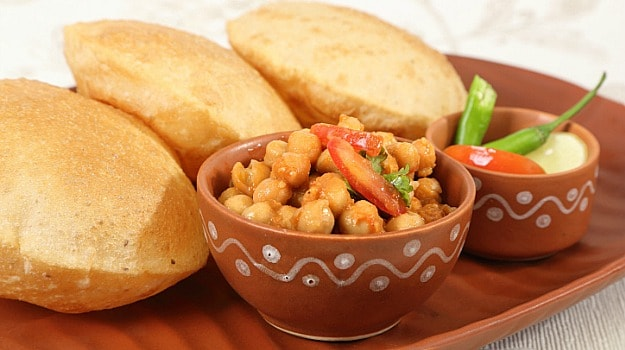 10 best indian lunch recipes ndtv food chana kulcha forumfinder Gallery