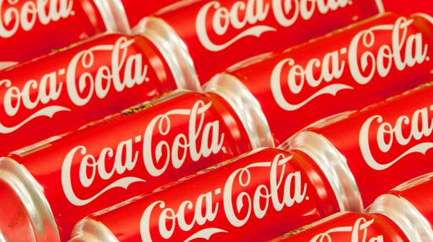 coca cola downfall The bottler of coca-cola (kon) drinks said net revenue was 323 billion euros (29 billion pounds) in the first half of the year, slightly ahead of analysts' estimates for 322 billion, according.