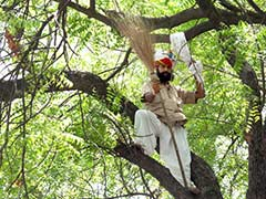 Aam Aadmi Party to Pay Rs 10 Lakh to Farmer's Family