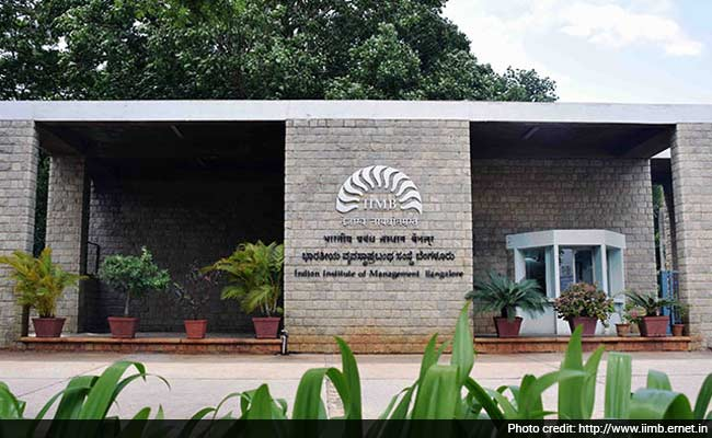IIM Bangalore's CCGC, AIM To Present Digital Governance Summit On May 15