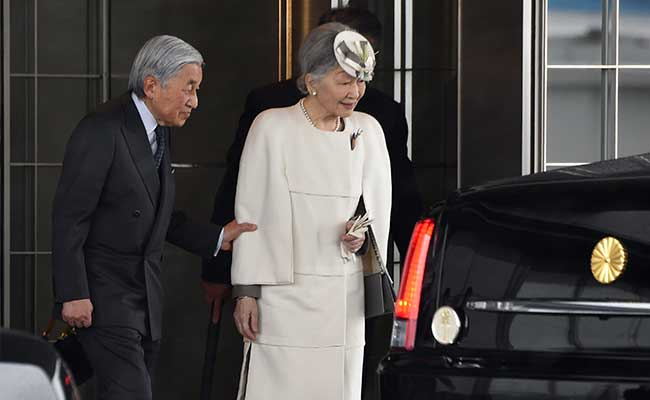Japan's Emperor Akihito Visits Former Colony Palau on World War II Mission