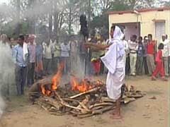 Why These Farmers in Bihar Set Fire to Sackfuls of Their Paddy