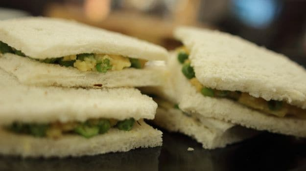 Peas and Potato Sandwich
