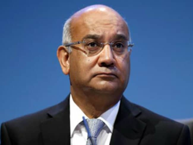 Indian-Origin Lawmaker Keith Vaz Delivers Fresh Batch of Alphonso Mangoes to British PM