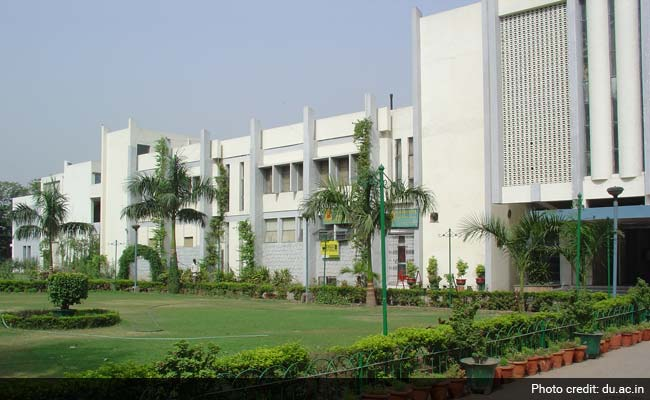 khalsa college delhi university