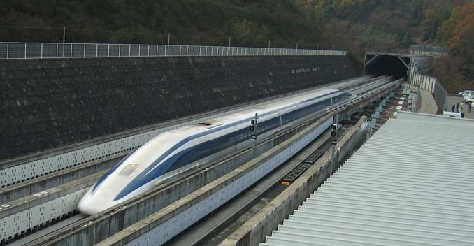 Japan's Maglev Train Sets Speed Record by Going 603Km/h