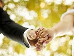 सर्दियों में हो रही है कि बेस्ट फ्रेंड की शादी, तो शॉपिंग लिस्ट में शामिल करें इन्हें...