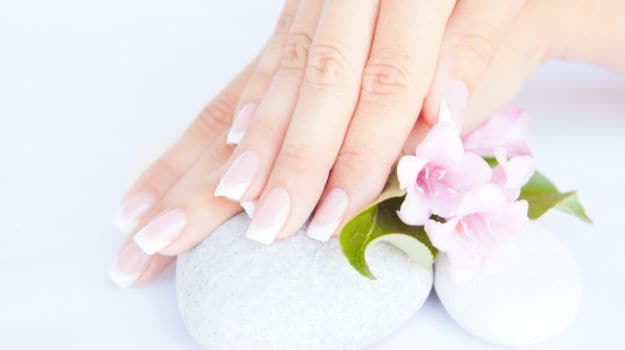 What to Eat for Healthier & Stronger Nails