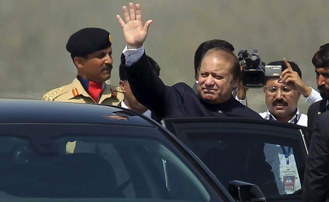 Pakistan PM Nawaz Sharif Condemns Afghanistan Suicide Attack
