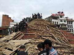 India Sends 'Rail Neer' Water to Quake-Hit Nepal