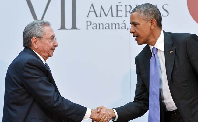 Barack Obama, Raul Castro Meet as They Work on Thawing US-Cuba Ties
