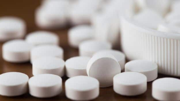 Hooked on Painkillers? It Could Lead to Heart Attack Risk