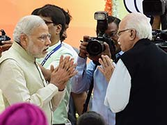 PM Modi Reaches Out to LK Advani Who Refused to Speak at BJP's National Executive Meet: Sources