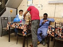 In Rich Qatar, One Restaurant Lets Poor Eat for Free